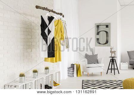 Creative Open Closet Space