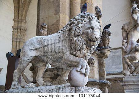Florentine lion statue in Piazza della Signoria. Florence. Italy.