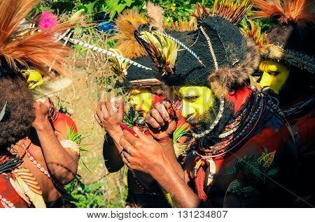 Dancing Men In Wabag In Papua New Guinea