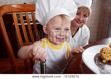 Little cook: fruits and baby food