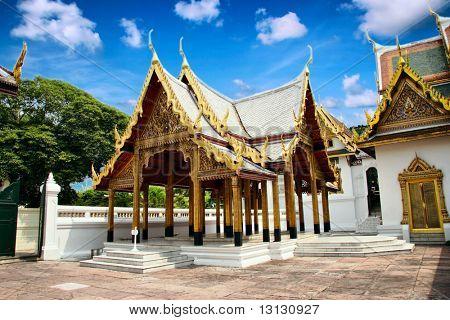 Religión del budismo en el monumento arquitectónico