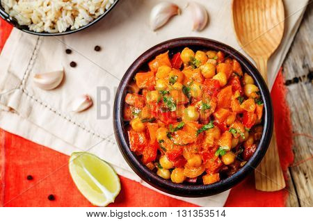 chickpeas carrots pepper coconut milk curry with brown rice
