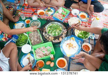 family time : Thai style hot pot homemade