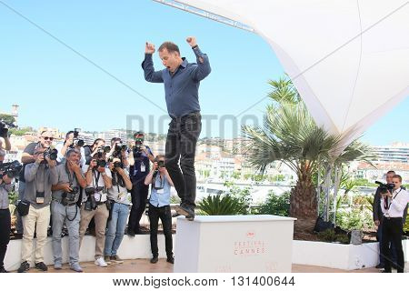 CANNES, FRANCE - MAY 21:  Charles Berling attends the 'Elle' Photocall during the 69th annual Cannes Film Festival at the Palais des Festivals on May 21, 2016 in Cannes, France.
