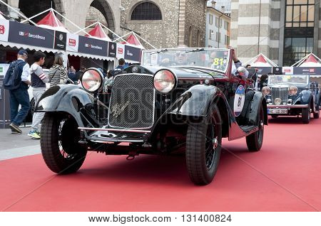 BRESCIA, ITALY - MAY 18: ALFA ROMEO 6C 1750 GS CASTAGNA 1933 built on Mille Miglia,the famous race for retro cars, May 18,2016 in Brescia,Italy