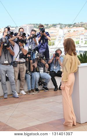 CANNES, FRANCE - MAY 21:   Isabelle Huppert attends the 'Elle' Photocall during the 69th annual Cannes Film Festival at the Palais des Festivals on May 21, 2016 in Cannes, France.