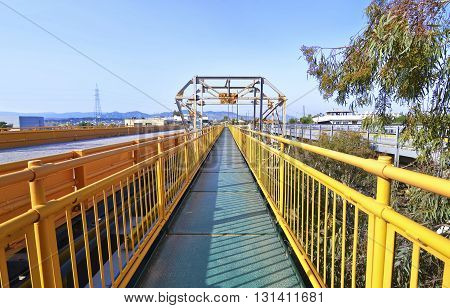 long bridge above the Isthmus of Corinth