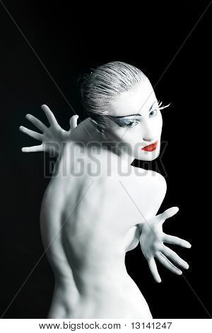 Bodypainting project: art, fashion, beauty