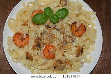 Spaghetti with sauce and seafood, italian food
