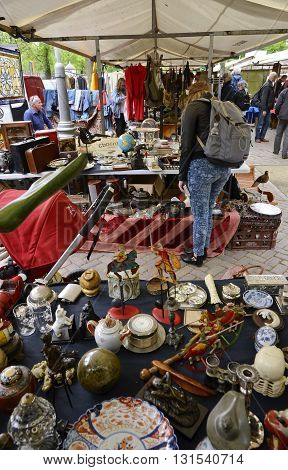 Junk Vendor Table