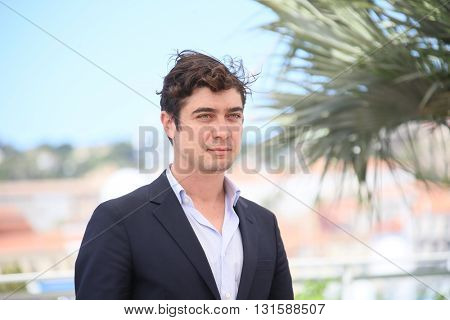 CANNES, FRANCE - MAY 19: Riccardo Scamarcio attends the 'Percile Il Nero' Photocall during the 69th annual Cannes Film Festival at the Palais des Festivals on May 19, 2016 in Cannes, France.
