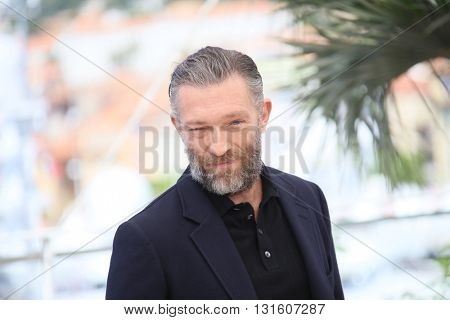 CANNES, FRANCE - MAY 19: Vincent Cassel attends the 'It's Only The End Of The World (Juste La Fin Du Monde)' Photocall during the 69th annual Cannes Film Festival on May 19, 2016 in Cannes, France.