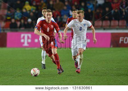 PRAGUE 27/03/2015 _ Jaromír Zmrhal, Jamed Ward-Prowse. Friendly match Czech Republic U21 - England U21.