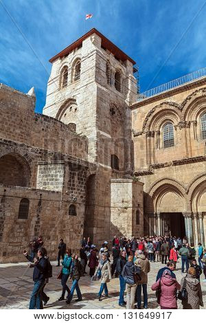 Jerusalem, Israel - February 15, 2013: Heavy Traffic Of Tourists Near Holy Sepulchre Cathedral