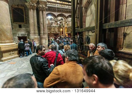 Jerusalem, Israel - February 15, 2013: Tourists Waiting In Rows To Enter Aedicule In Church Of The H
