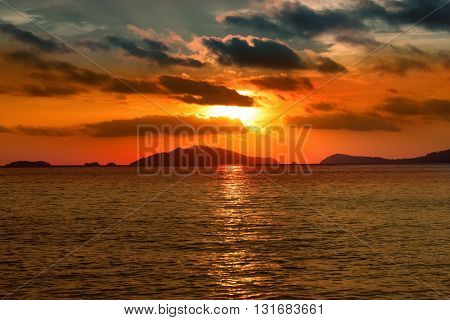 Sunset view on ocean in summer.amazing sunset.sunset in summer. natural sunset.tropical sunset