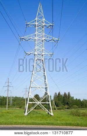 metal Bearing high-voltage power lines in field