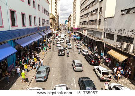 SAO PAULO, BRAZIL - CIRCA JAN 2015: Crowed streets along 25 de Marco in Sao Paulo, Brazil.
