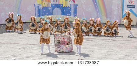 Rostov-on-Don Russia- May 222016: Performance girls School studio-Alla Dukhova