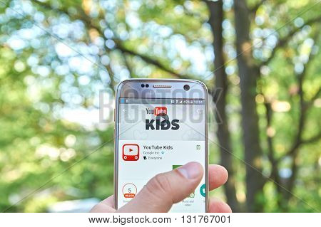 MONTREAL CANADA - MAY 23 2016 : Google Youtube Kids application on Samsung S7 screen. YouTube Kids app offers family friendly content and basic parental controls.