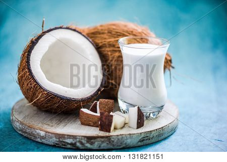 Fresh And Healthy Coconut Milk