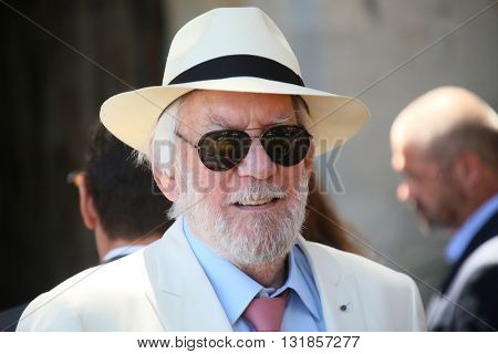 CANNES, FRANCE - MAY 20:  Donald Sutherland attends the Mayor's lunch given in honour of the media at Place de la Castre during the 69th Cannes Film Festival on May 20, 2016 in Cannes, France.