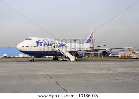 Boeing 747 Transaero Waiting For Boarding.