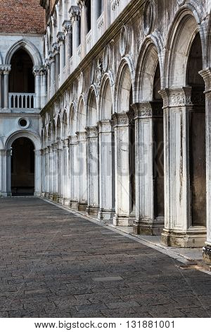 Arcade, Courtyard And Columns In The Doge's Palace: Gothic Architecture In Venice, Italy