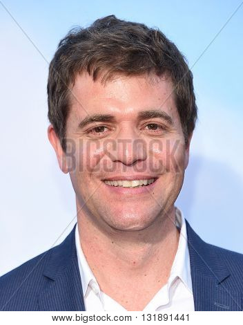 LOS ANGELES - MAY 16:  Nicholas Stoller arrives to the