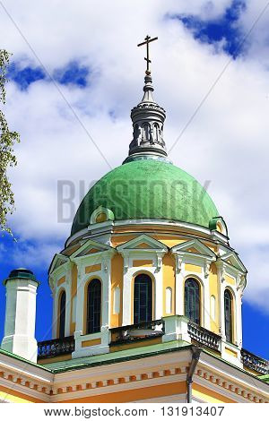 Temples dome of the gteen color and orthodox symbols