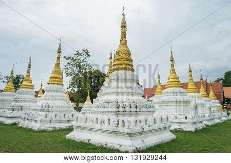 Chedee Sao Temple Lampang, Thailand