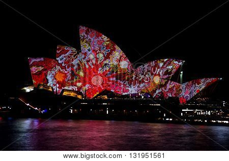 VIVID SYDNEY LIGHT FESTIVAL SYDNEYNSW 2016 - Mermerizing Opera House this one in the beautiful designer paintings.