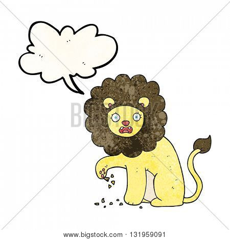freehand speech bubble textured cartoon lion with thorn in foot