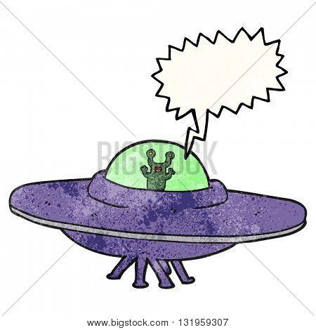 freehand speech bubble textured cartoon alien spaceship