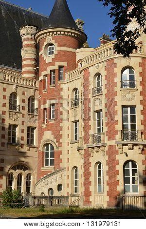 Saint Germain en Laye France - july 10 2015 : the picturesque international high school in summer