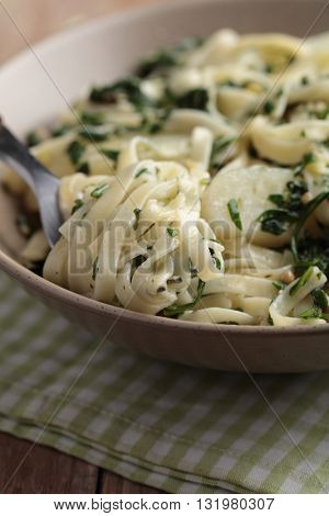 Pasta and potato with pesto