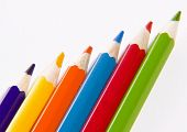 pic of collier  - Set of color wooden pencils on a white background - JPG