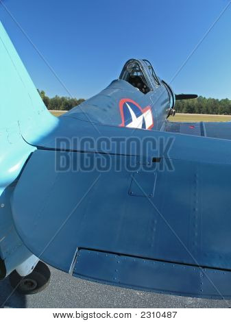 Sbd Dauntless 4