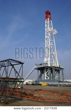 Large Oil Well Drilling Rig