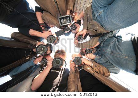 Paparazzi On Object