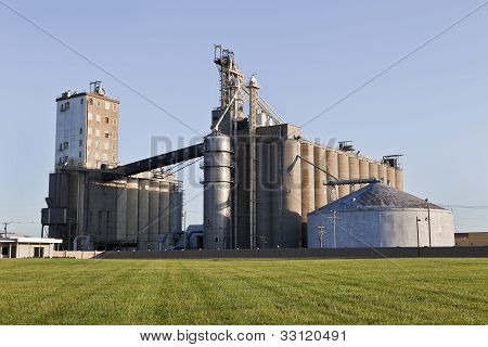 A Grain Co-op Facility