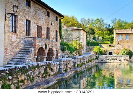 Old Thermal Baths In The Medieval Village Bagno Vignoni, Tuscany