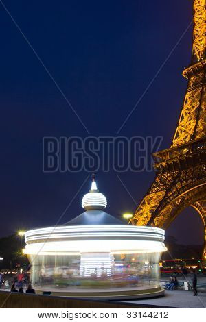Eiffel Tower and his spinning caroussel