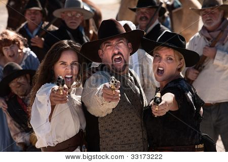 Yelling Gunfighters