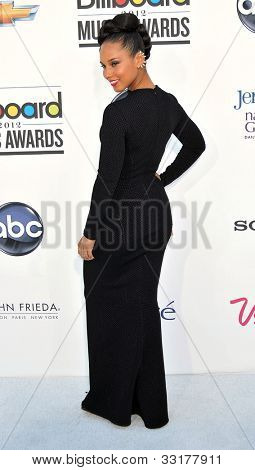 LAS VEGAS - MAY 20:  Alicia Keys arrives at the 2012 Billboard Awards at MGM Garden Arena on May 20, 2012 in Las Vegas, NV