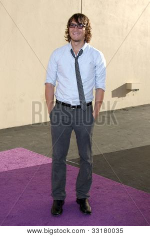 LOS ANGELES - MAY 20:  Scott Michael Foster arrives at the ABC / Disney International Upfronts at Walt Disney Studios Lot on May 20, 2012 in Burbank, CA