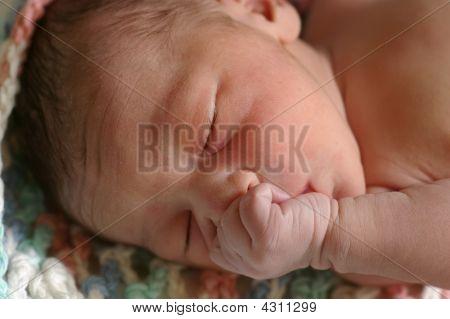 Bebé recién nacido, a diez minutos de edad