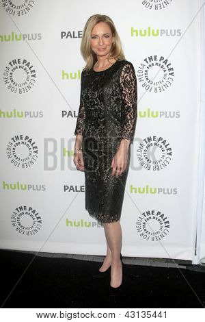 LOS ANGELES - MAR 9:  Susanna Thompson arrives at the