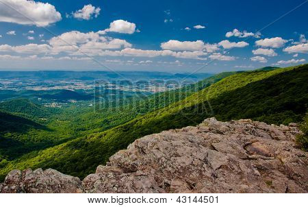 View from Crescent Rock, along Skyline Drive in Shenandoah National Park, VA.