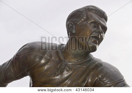 Statue of Maurice Richard